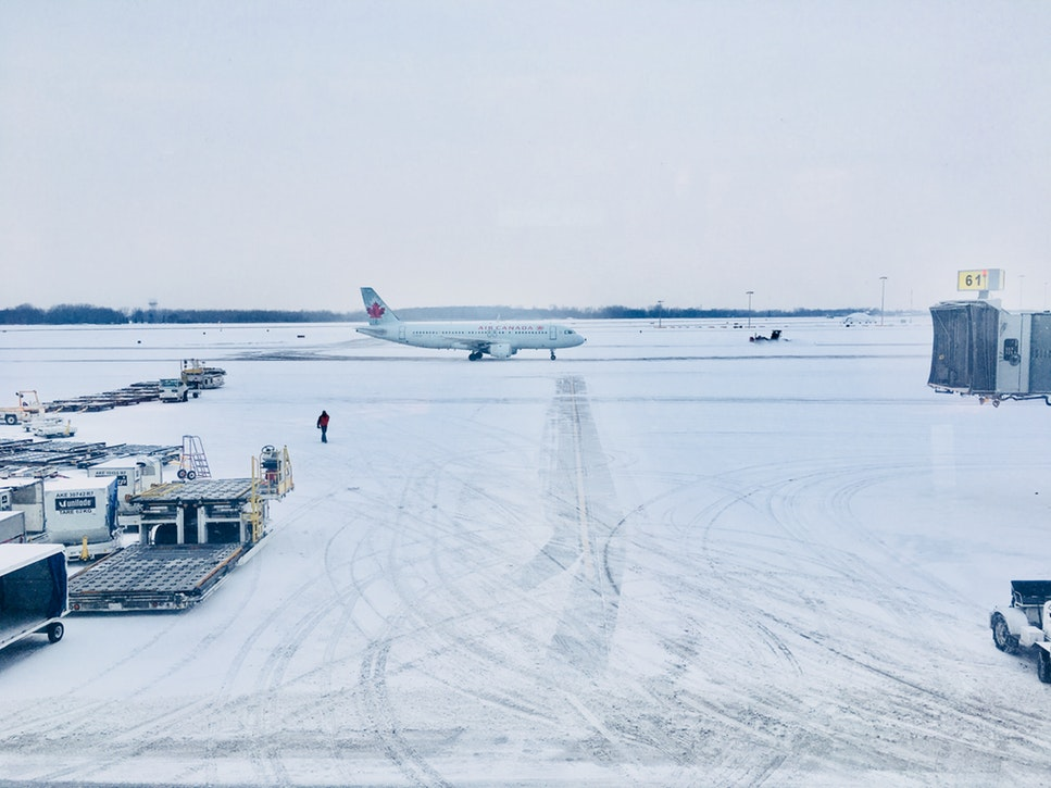 canada private charter planes